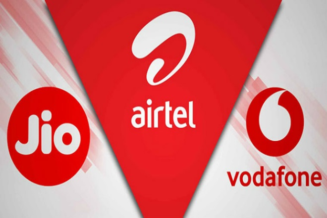 Calling, Data charges by up to 40% from Dec 6 Jio,Vodafone Idea and Bharti Airtel  announced