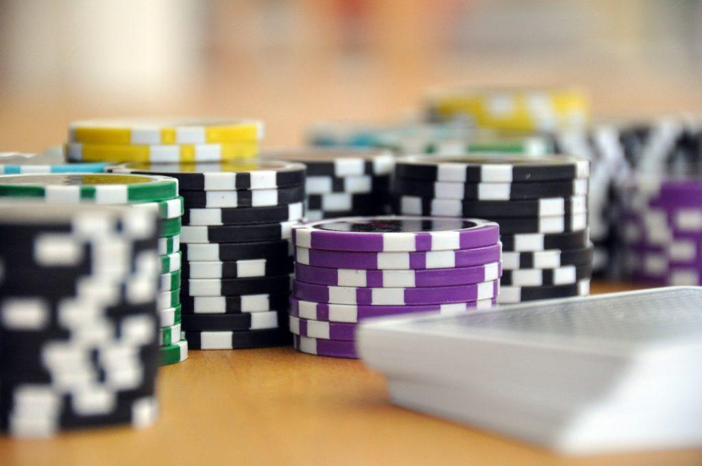 How to check poker balance